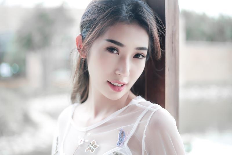 Khổng Tú Quỳnh đã không còn là 'cô bé dâu tây' ngày nào-5