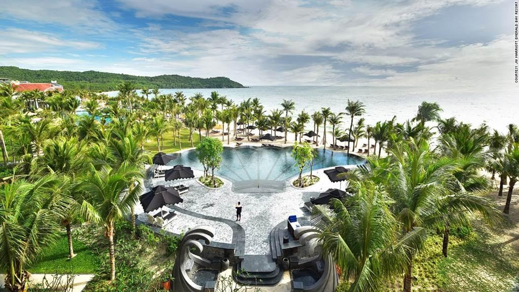 Việt Nam lọt top những nơi có khu nghỉ dưỡng xa hoa nhất thế giới-7