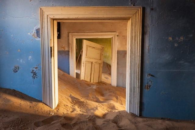 Vẻ kỳ bí của thị trấn bỏ hoang bị sa mạc nuốt chửng-8