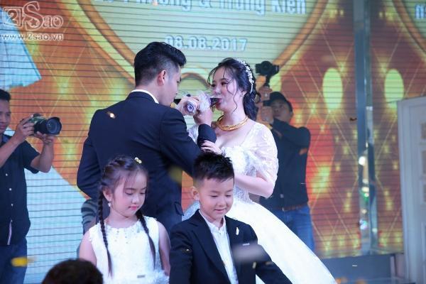 Ngân Khánh từ Singapore về nước sớm dự đám cưới Lê Phương-10