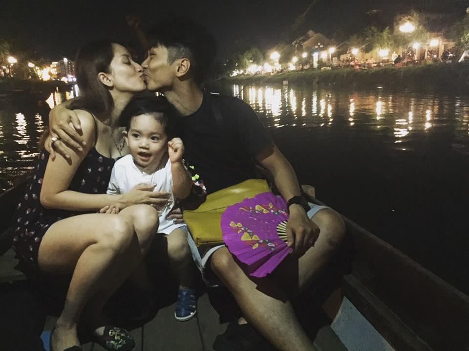 Tin sao Việt 8/8: Phan Hiển và Khánh Thi khóa môi trên thuyền-1