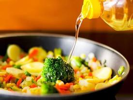 Cách dùng dầu ăn an toàn cho sức khỏe