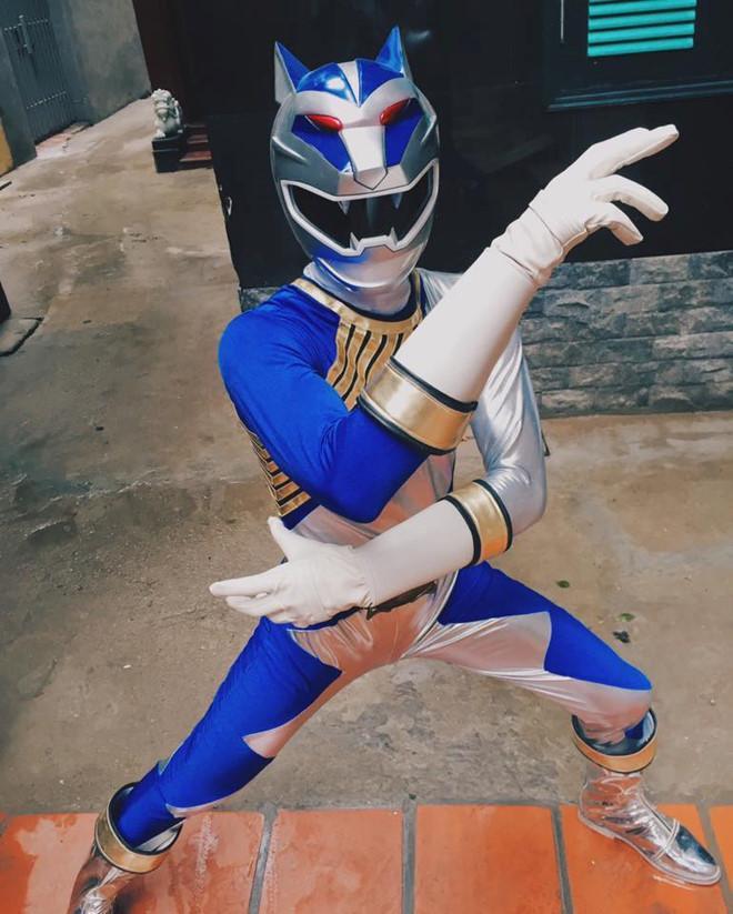 9X Lào Cai tự thiết kế trang phục siêu nhân vì quá thích-4