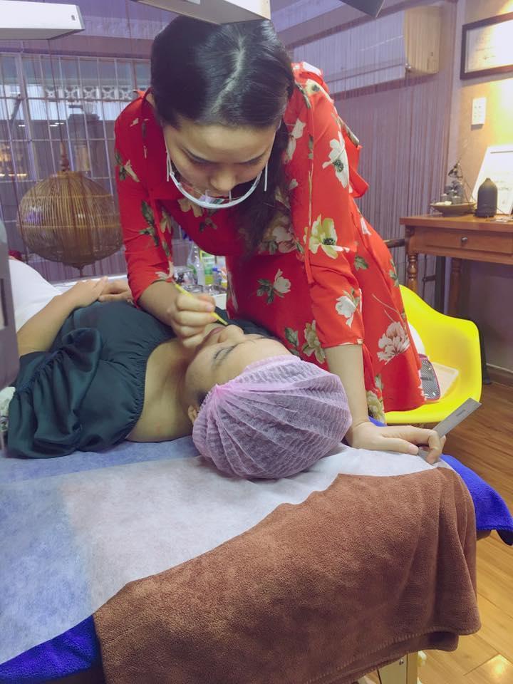 Tin sao Việt 9/8: Lê Phương gửi lời cảm ơn sau đám cưới với chồng kém tuổi-9