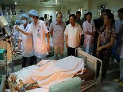 Vụ 8 người chạy thận tử vong: Cách chức giám đốc bệnh viện 1 năm