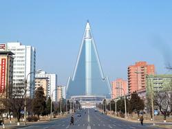 Khách sạn khổng lồ xây mãi không xong ở Triều Tiên