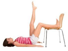 4 động tác đơn giản với ghế giúp bạn đẹp hơn