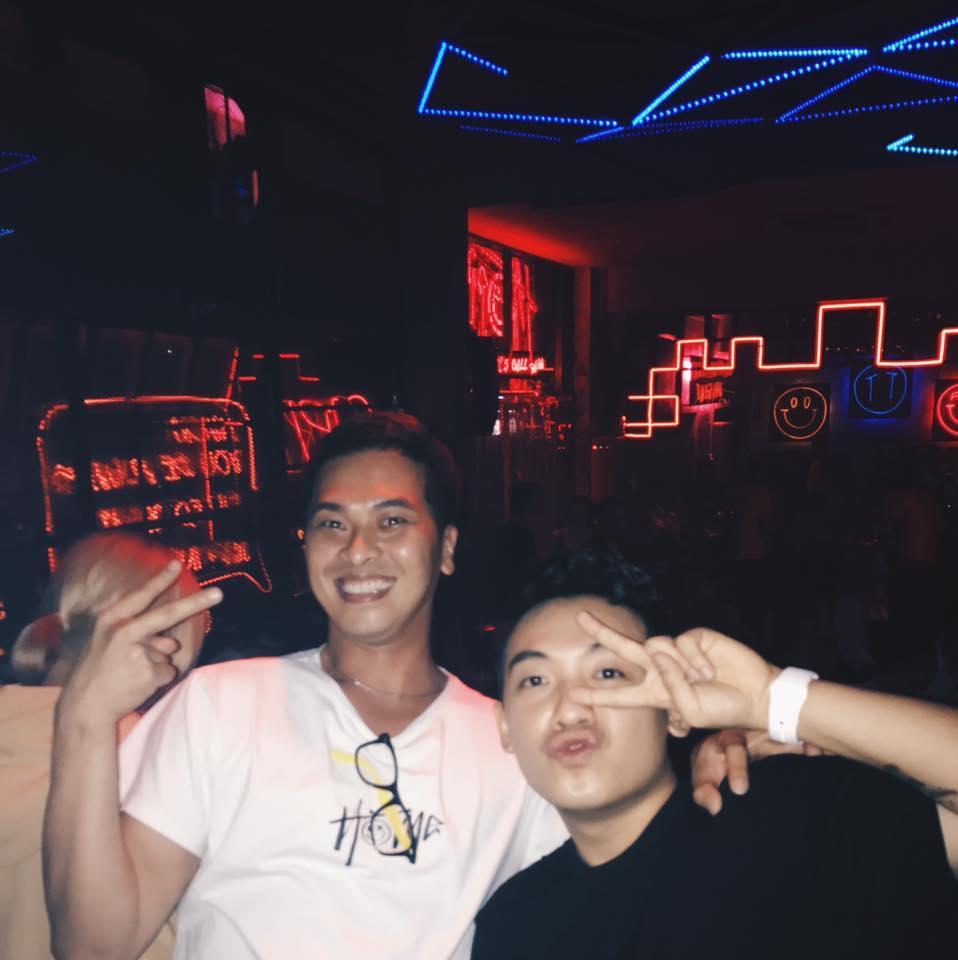 Hot girl - hot boy Việt 11/8: Diễn viên Tường Vy 'say' hết mình khi cover hit 'Ghen'-10