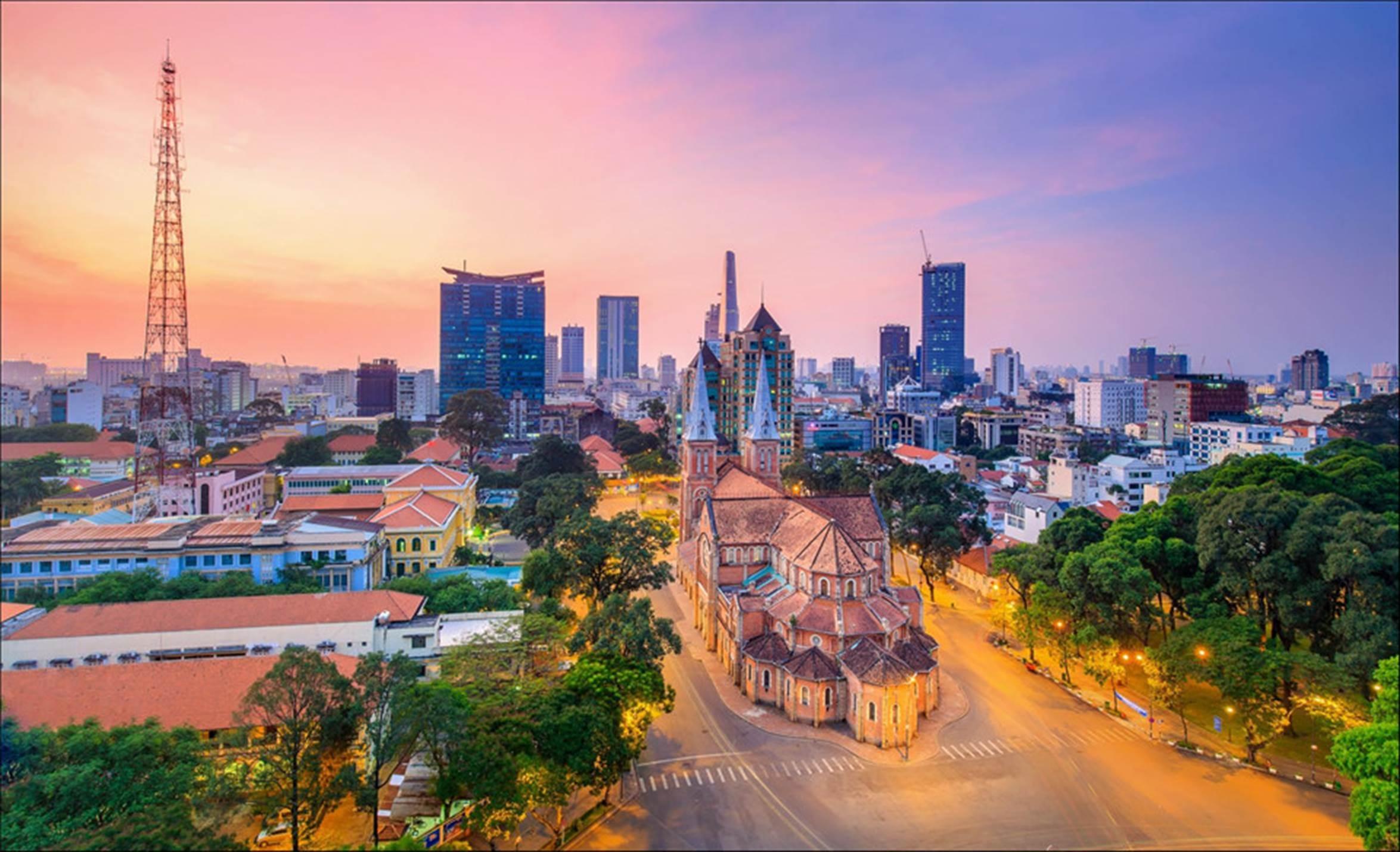 Sài Gòn hoa lệ lung linh ánh đèn trong 'Dấu ấn Việt Nam'-1