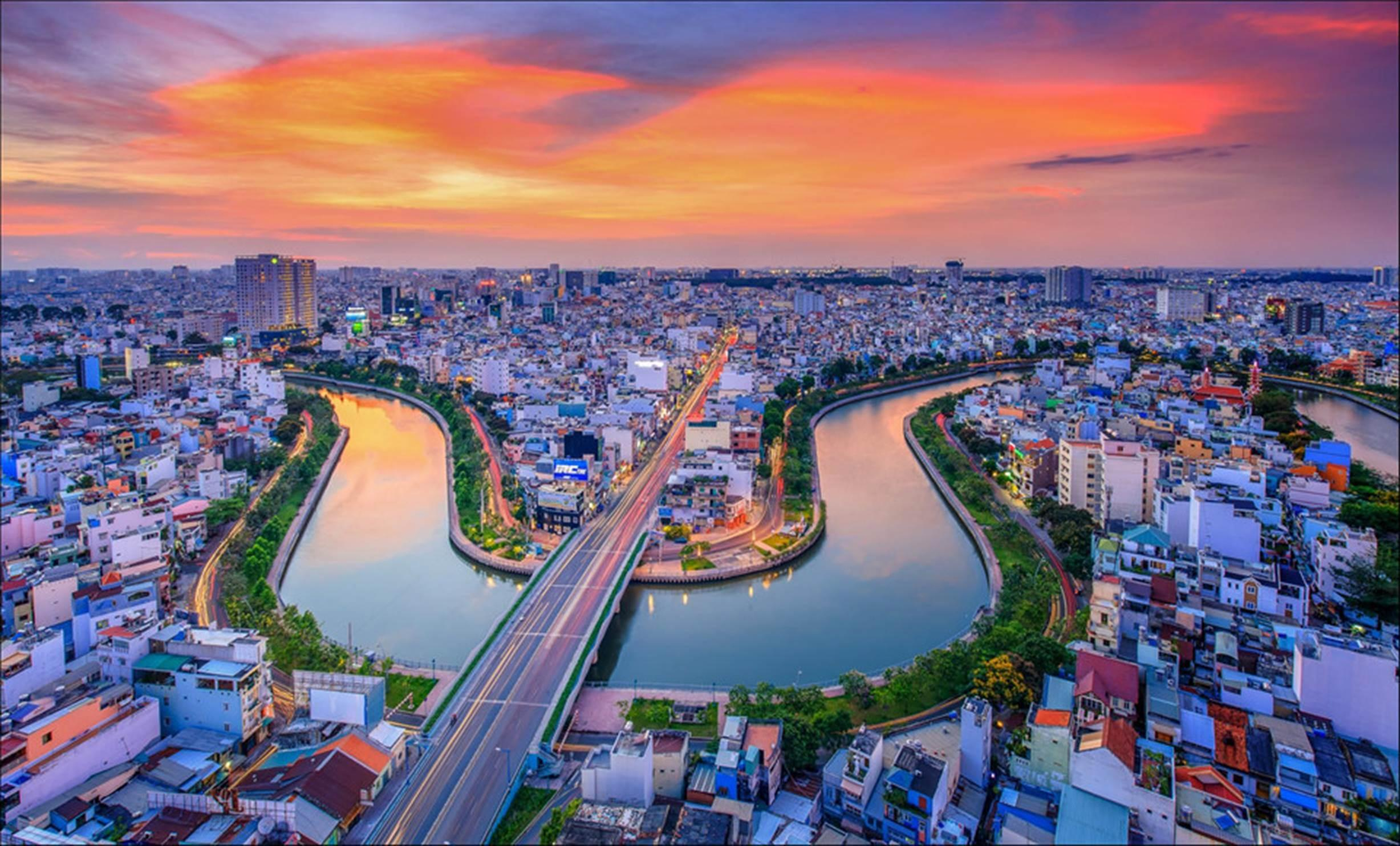 Sài Gòn hoa lệ lung linh ánh đèn trong 'Dấu ấn Việt Nam'-5