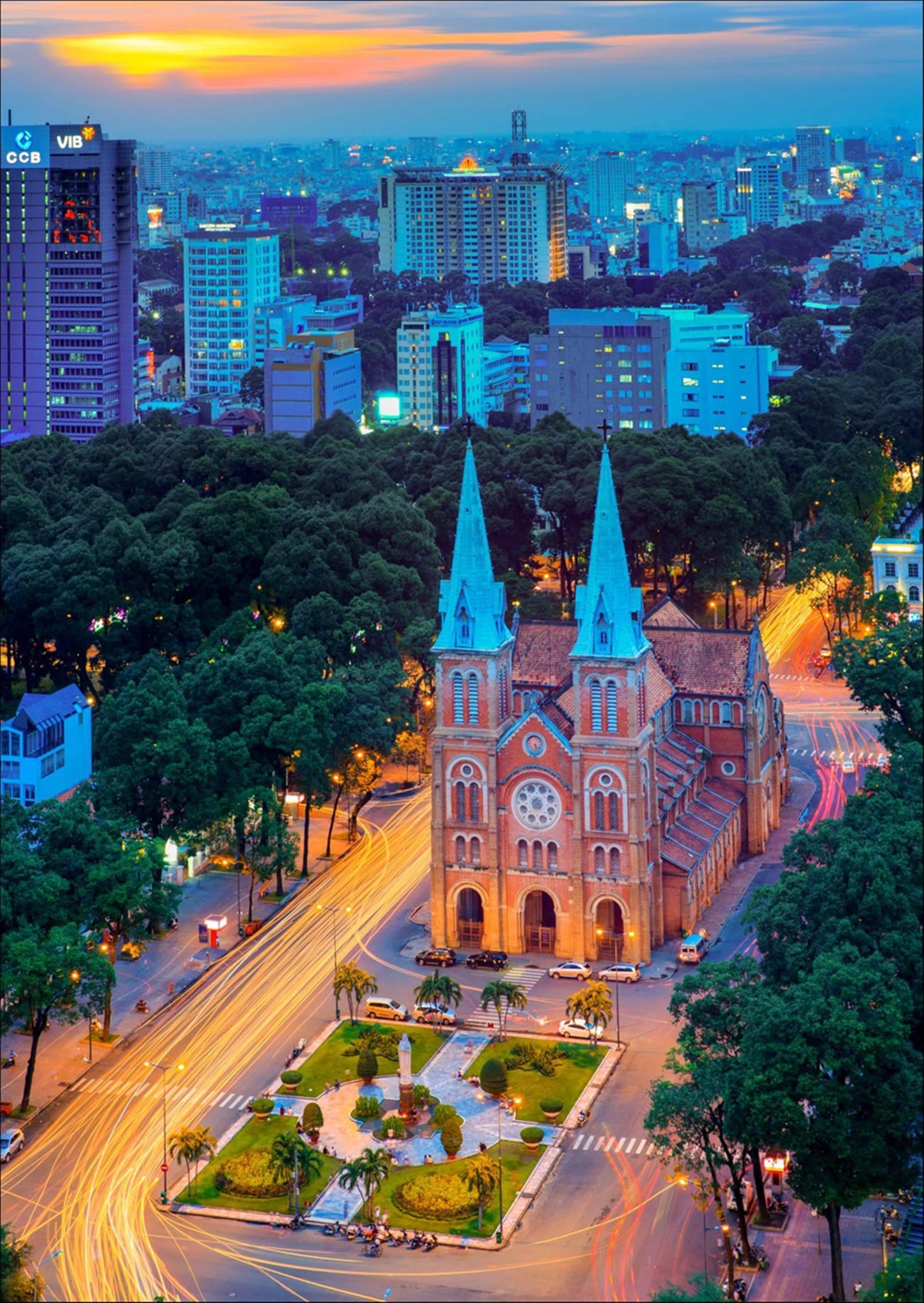 Sài Gòn hoa lệ lung linh ánh đèn trong 'Dấu ấn Việt Nam'-6