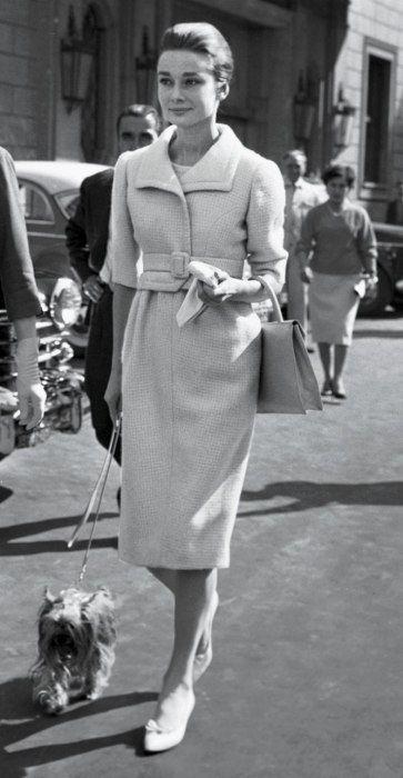 Biểu tượng thời trang Audrey Hepburn nói không với giày cao gót và bài học đáng quý cho phụ nữ-5