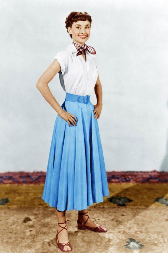 Biểu tượng thời trang Audrey Hepburn nói không với giày cao gót và bài học đáng quý cho phụ nữ-6
