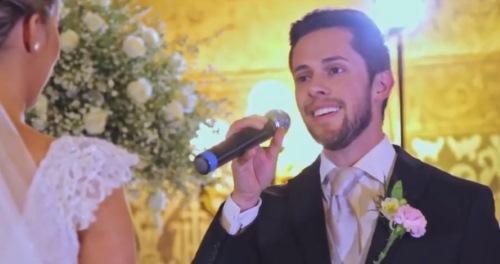 Câu chuyện cảm động đằng sau việc chú rể hát tặng cô dâu bằng tiếng Bồ Đào Nha trong lễ cưới-1