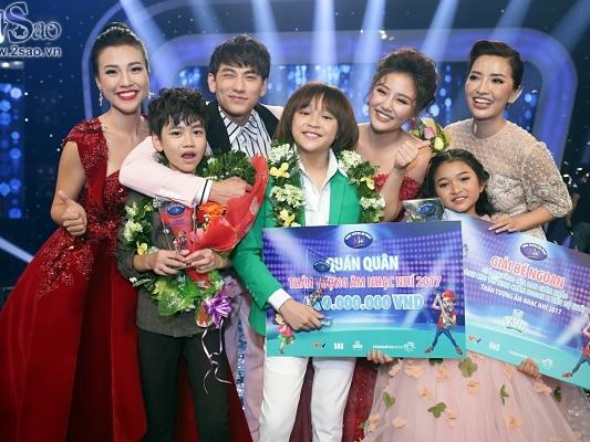 """Cậu bé được Isaac gọi là thần đồng âm nhạc chính thức lên ngôi Quán quân """"Vietnam Idol Kids"""""""