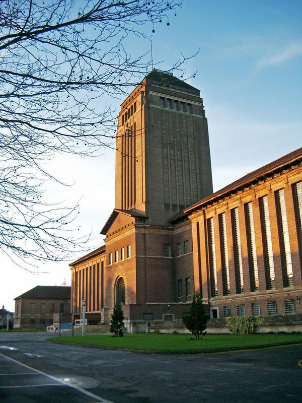 Ngắm nhìn những trường Đại học đẹp ngỡ ngàng như bước ra từ chuyện cổ tích-3