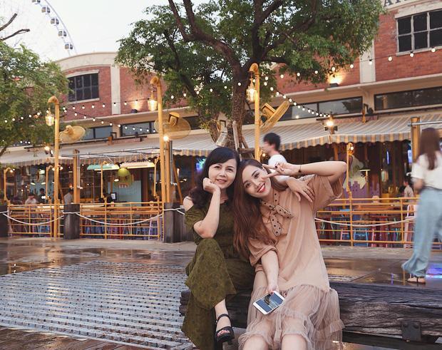 Xem bộ ảnh 9x đưa mẹ vi vu Thái Lan mới thấy mẹ cũng thích đi, thích sống ảo như ai-7