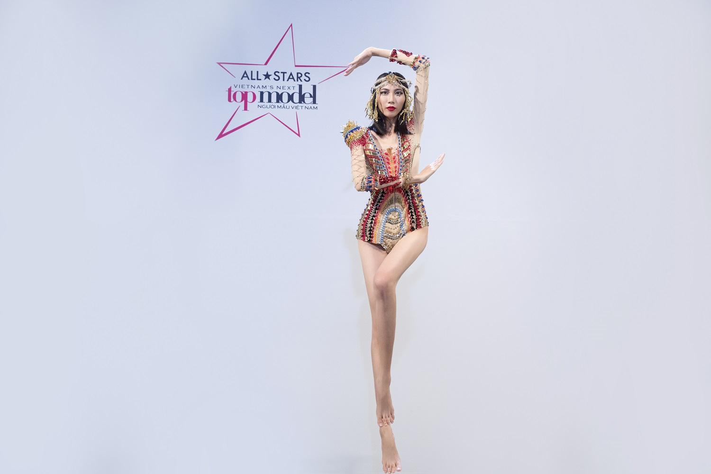 Kikki Lê bị loại, Cao Thiên Trang không chỉ 'bật' giám khảo Next Top mà còn đòi bỏ thi-3