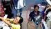 Tuần qua, mạng xã hội lan truyền clip ghi lại hình ảnh một người phụ nữ trung niên có tên Phạm Thị N. (Thường Tín, Hà Nội) gương mặt khắc khổ, đi đến các shop quần áo ở Hà Nội giả vờ mua đồ. Lợi dụng lúc nhân viên, người bán hàng không để ý, người này đã lấy cắp quần áo cho vào bao tải và đem bán lại trên vỉa hè với giá rất rẻ. Phát hiện sự việc, các chủ cửa hàng đã tới công an trình báo. Vụ việc đang được điều tra, làm rõ.