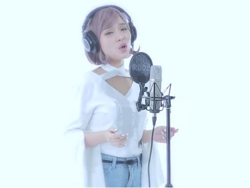 Cô gái làm 'khuynh đảo' giới trẻ với bản mashup loạt hit triệu view của ca sĩ Min-3