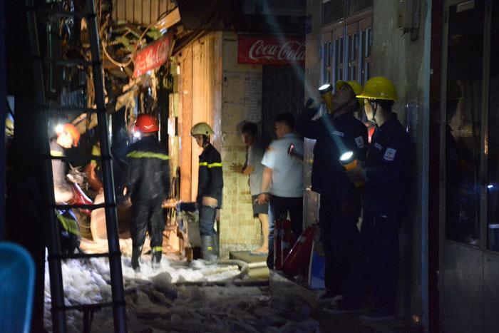 Cháy ở phố Tây Sài Gòn, du khách nháo nhào tháo chạy-2