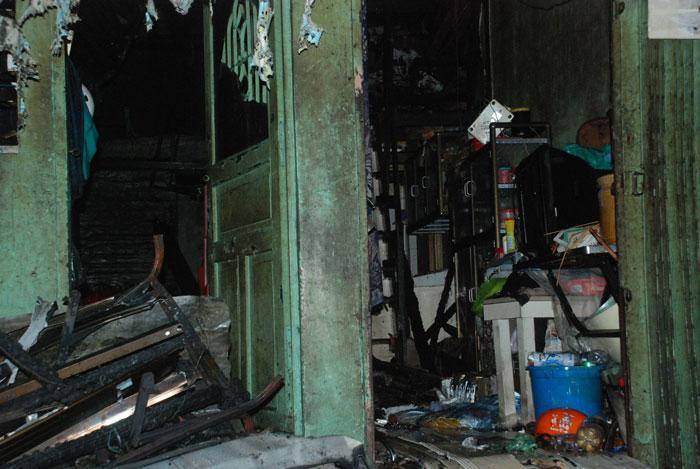 Cháy ở phố Tây Sài Gòn, du khách nháo nhào tháo chạy-5