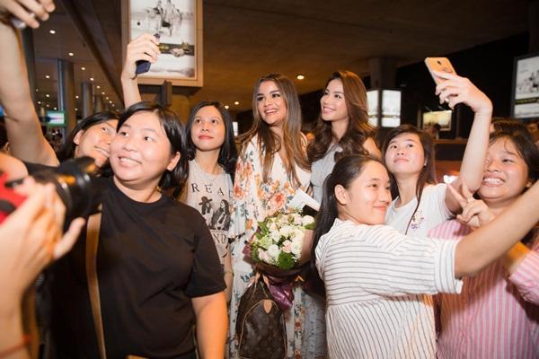 Phạm Hương hội ngộ mỹ nhân Hoa hậu Hoàn vũ sau 2 năm xa cách-5