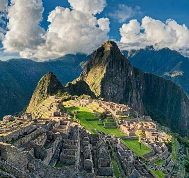 Những điểm du lịch nổi tiếng bị đe dọa vì quá đông du khách-5
