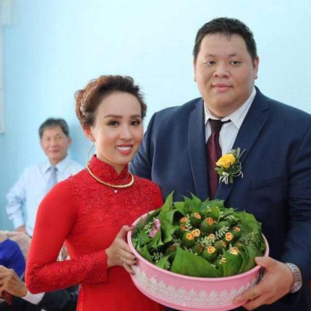 Mơ yêu 'soái ca' diện mạo long lanh, cô gái Việt tìm được hạnh phúc bên chàng Việt kiều Mỹ nặng hơn trăm ký-5