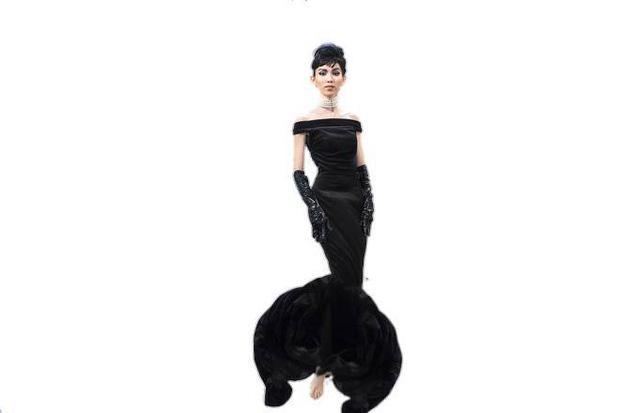 Hình ảnh Thùy Dương Next Top hoá thân thành Audrey Hepburn được chế thành loạt ảnh siêu buồn cười-2