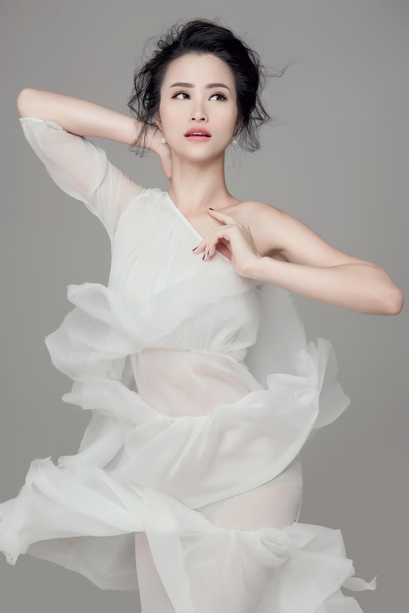Đông Nhi đại diện Việt Nam sánh vai cùng Taeyeon, EXO tại Asia Song Festival-7