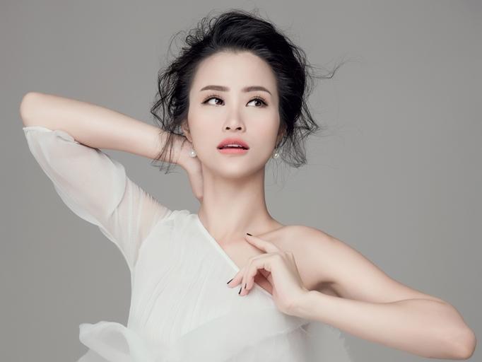 """Đông Nhi đại diện Việt Nam sánh vai cùng Taeyeon, EXO tại """"Asia Song Festival"""""""