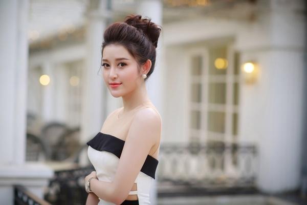 Cùng 'xuất khẩu' năm 2017, mỹ nhân Việt nào sẽ tạo sóng trên bản đồ nhan sắc thế giới?-3