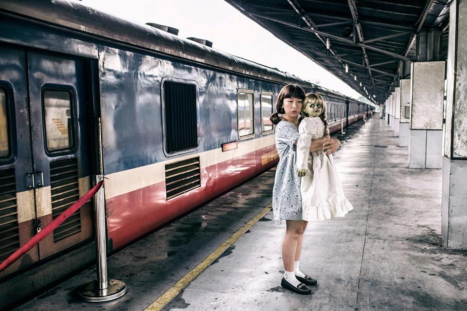 Trang Hý tung bộ ảnh 'Cùng Annabelle đi khắp thế gian' gây sốt-3