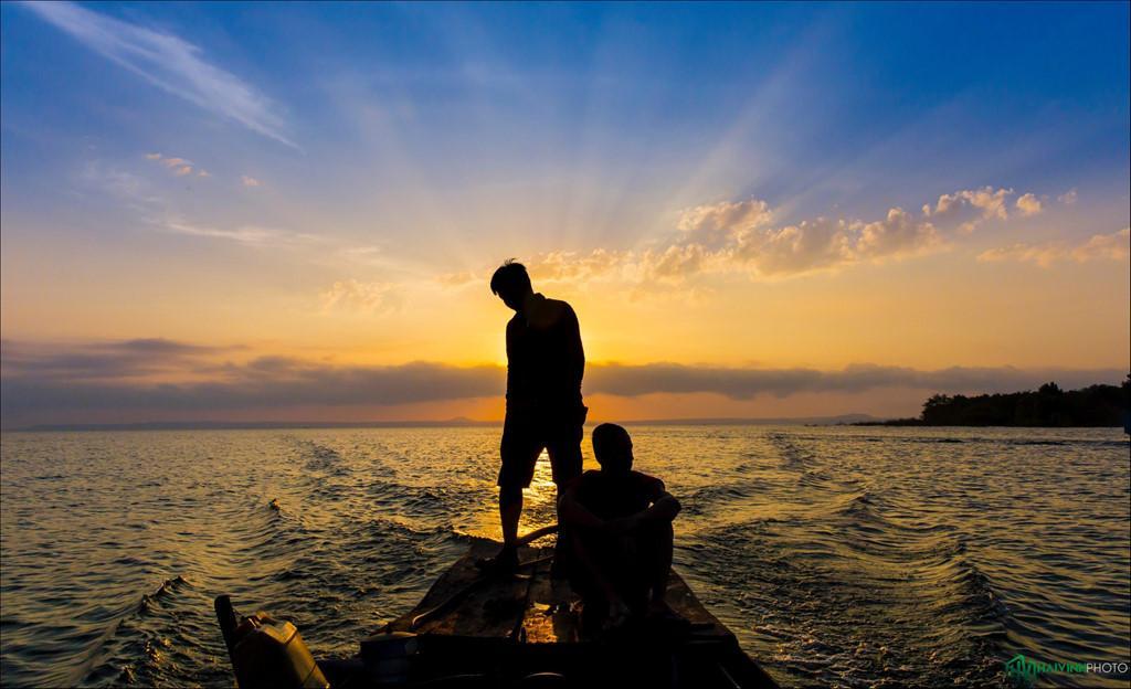 Trôi trên những mặt hồ êm ả trong 'Dấu ấn Việt Nam'-2