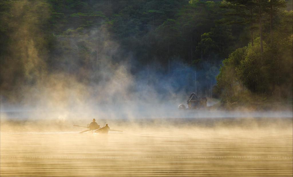 Trôi trên những mặt hồ êm ả trong 'Dấu ấn Việt Nam'-6