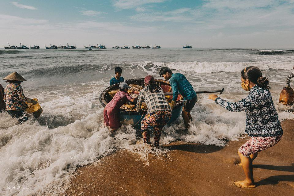 Hình ảnh bình dị trên cảng cá Bà Rịa - Vũng Tàu-11
