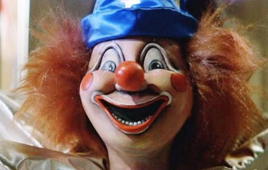Không chỉ có Annabelle, màn ảnh thế giới còn nhiều búp bê ma đáng sợ hơn thế-5