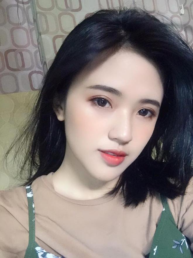 Cô gái Nhân văn năm ấy ai cũng muốn học cùng: Xinh, hát hay lại giỏi ngoại ngữ-7