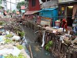 Kinh hoàng cảnh sống trên đống rác của nữ sinh Việt-6