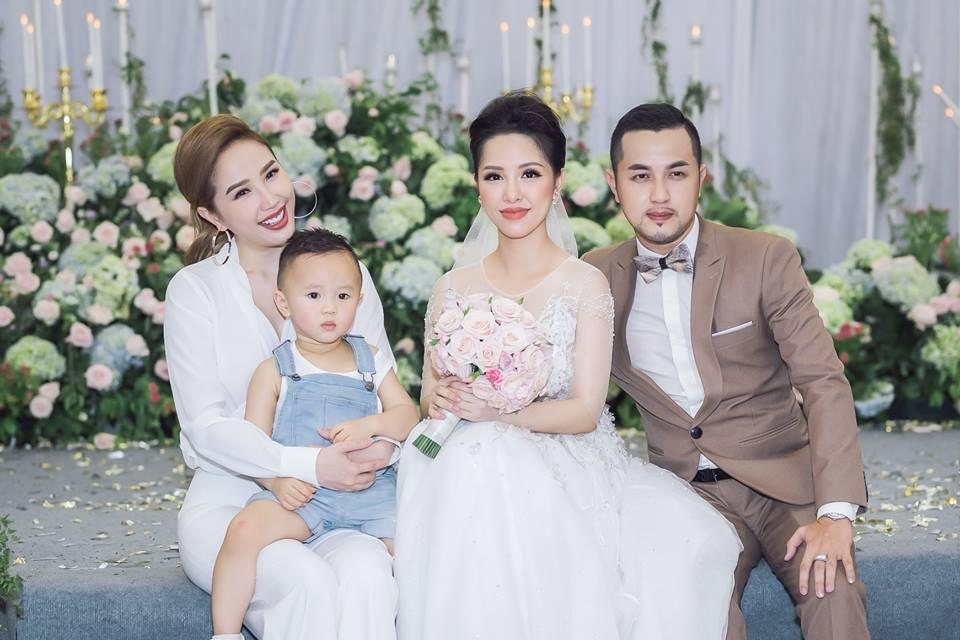Gửi thiệp cưới muộn, anh trai Bảo Thy bị bạn bè dọa 'off 50% tiền mừng'-4