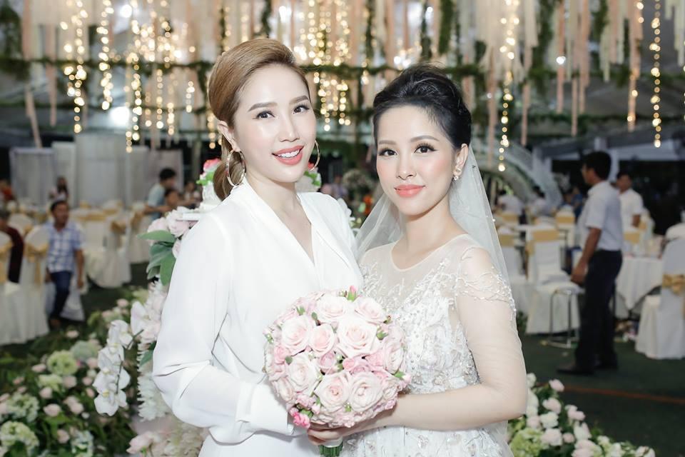 Gửi thiệp cưới muộn, anh trai Bảo Thy bị bạn bè dọa 'off 50% tiền mừng'-8