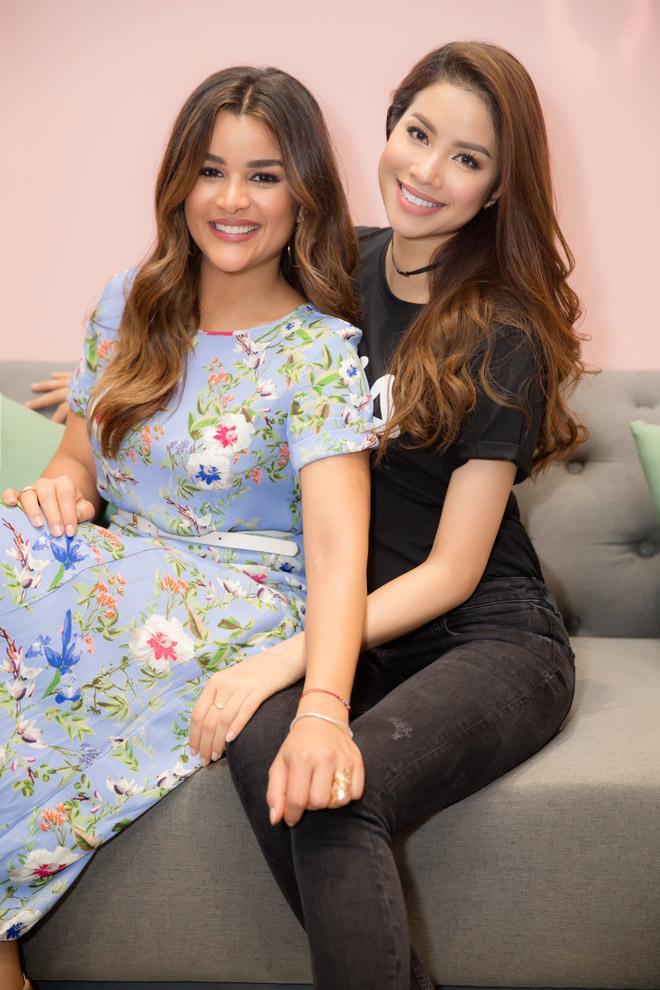 Gia tài tiền tỷ, Phạm Hương và Kendall Jenner vẫn mê mẩn áo thun giá rẻ-2