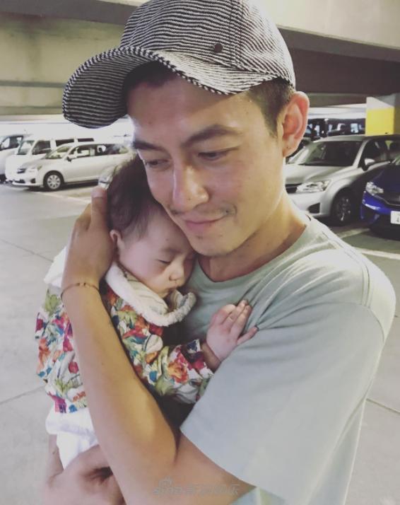 Trần Quán Hy tiết lộ ảnh con gái giống hệt mình hồi nhỏ-5