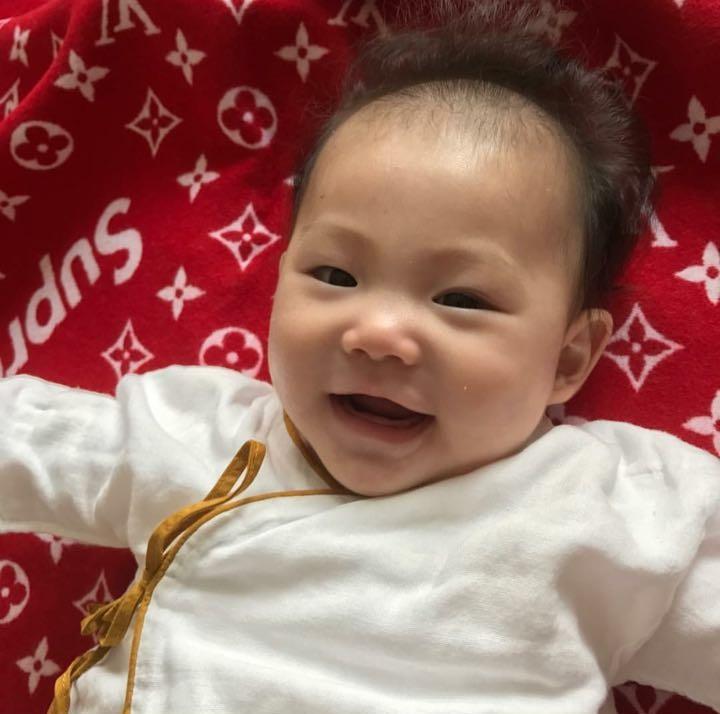 Trần Quán Hy tiết lộ ảnh con gái giống hệt mình hồi nhỏ-2