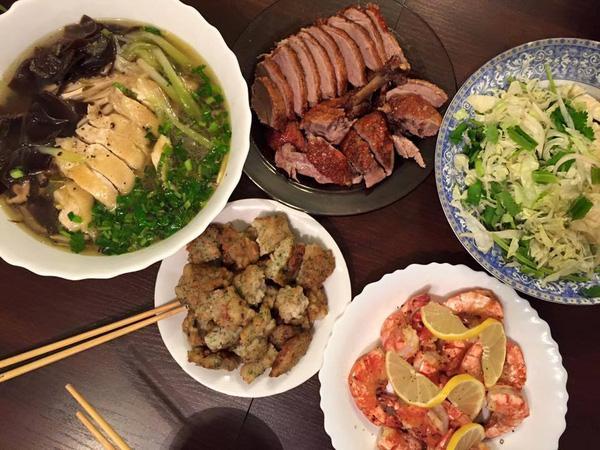 Phát hờn với 5 mâm cơm phiên bản chồng nhà người ta nấu tặng vợ-1