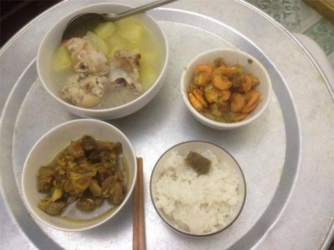Phát hờn với 5 mâm cơm phiên bản chồng nhà người ta nấu tặng vợ-5
