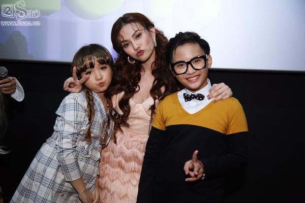Con gái ca sĩ Trang Nhung nổi tiếng với nhà 100 tỷ bất ngờ thi đấu Gương mặt thân quen nhí-2