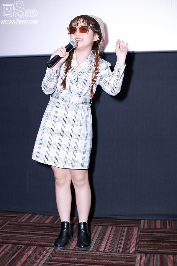 Con gái ca sĩ Trang Nhung nổi tiếng với nhà 100 tỷ bất ngờ thi đấu Gương mặt thân quen nhí-10