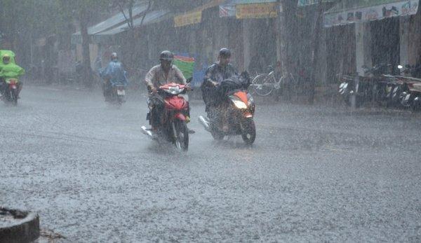 Dự báo thời tiết 16/8: Hà Nội, Sài Gòn mưa to-1